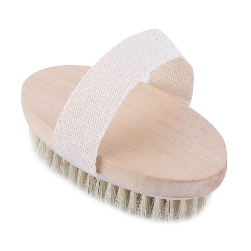 Cepillo exfoliante para el baño